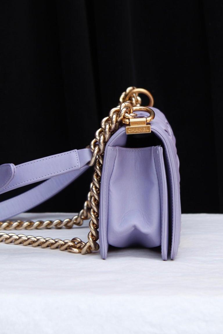 Chanel fabulous mauve leather bag, model Boy In Excellent Condition In Paris, FR