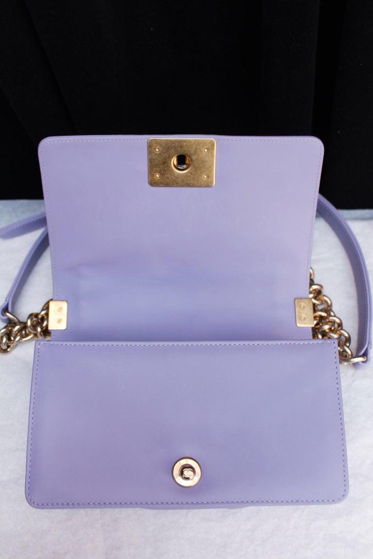 Chanel fabulous mauve leather bag, model Boy For Sale 3