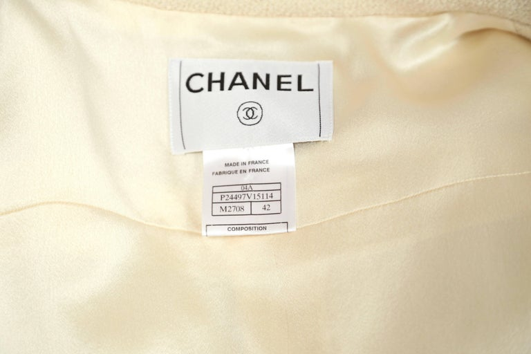 CHANEL fall 2004 runway tunic skirt and matching coat in boucle wool - new For Sale 8