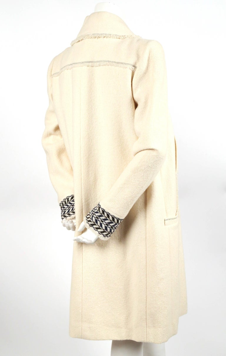 Beige CHANEL fall 2004 runway tunic skirt and matching coat in boucle wool - new For Sale