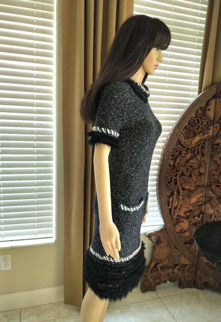Chanel Fall 2010 Black & White Tweed Cashmere Fur Fringe Dress FR 38/ US 4 6 For Sale 1