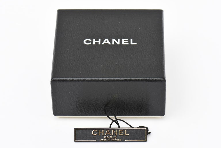 Chanel Faux Pearl and Gold Plated Drop Clip On Earrings Vintage For Sale 3