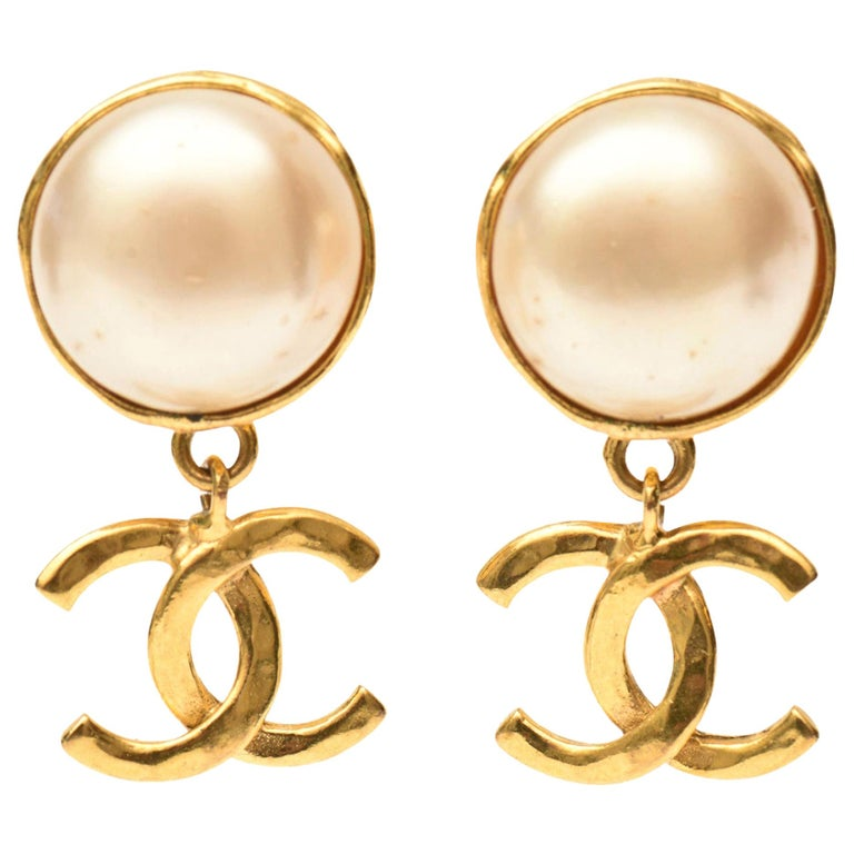 Chanel Faux Pearl and Gold Plated Drop Clip On Earrings Vintage For Sale