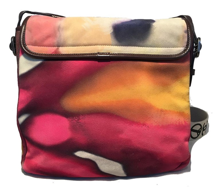Chanel Flower Power Messenger Multicolor Nubuck Crossbody Shoulder Bag In Excellent Condition For Sale In Philadelphia, PA