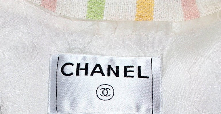 Chanel Fringed Striped Pastels Tweed Jacket with CC Logo Buttons & Clover Brooch For Sale 3