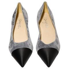 Chanel Gabrielle Chanel Grey Suede Low Pumps With Black Satin Heel & Cap Toe 41C