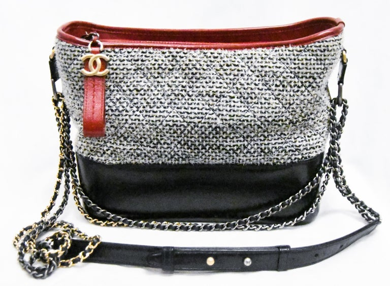 Chanel Gabrielle Coco Tweed & Leather 2017 Collection Shoulder Bag In Excellent Condition For Sale In Palm Beach, FL