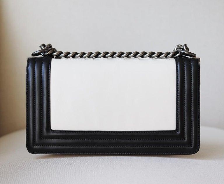 Women's Chanel Glazed Calfskin Leather Boy Flap Bag For Sale