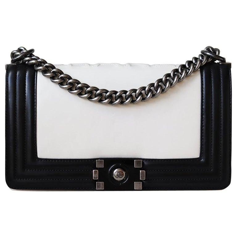 Chanel Glazed Calfskin Leather Boy Flap Bag For Sale