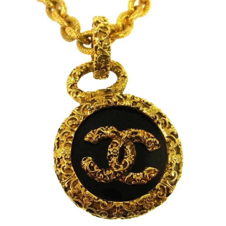 Metal Gold tone Made in France Charm diameter 1.5