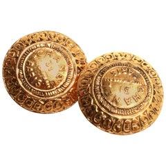 Chanel gold clip on earrings