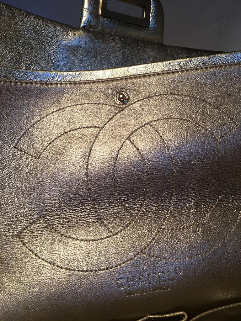 Chanel Gold Distressed Leather 2.55 Reissue 227 Double Flap Classic For Sale 3