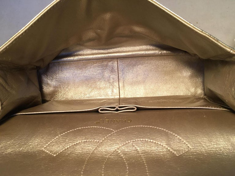 Chanel Gold Distressed Leather 2.55 Reissue 227 Double Flap Classic For Sale 4