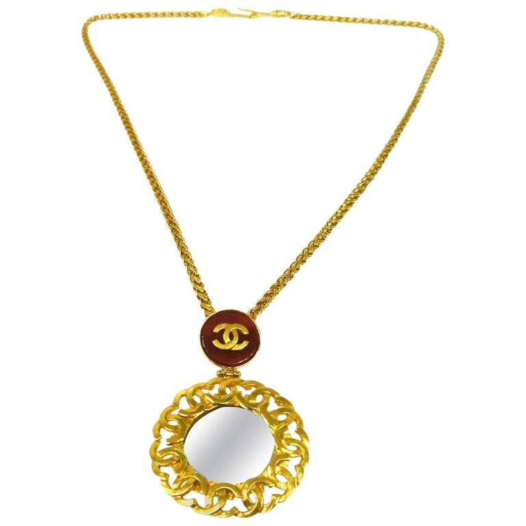 Chanel Gold Gripoix Mirror Logo Evening Pendant Charm Link Necklace in Box For Sale