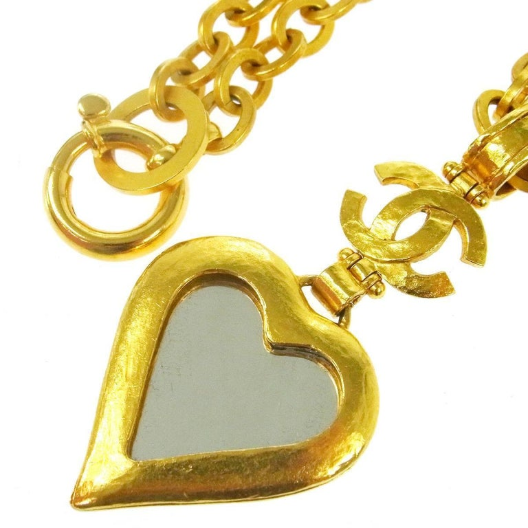 Chanel Gold Heart Mirror Detail Evening Pendant Charm Long Link Necklace in Box In Excellent Condition For Sale In Chicago, IL