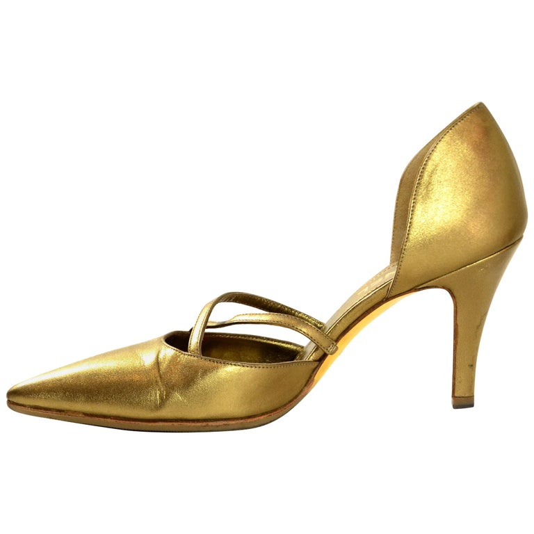 Chanel Gold Leather Pointy Toe Pumps sz 37.5 For Sale