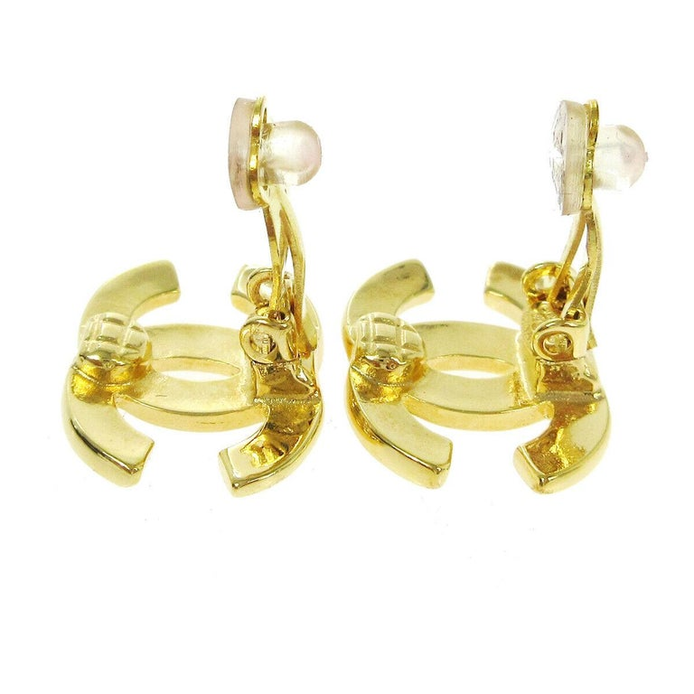 Chanel Gold Metal Logo Charm Small Logo Evening Stud Earrings in Box In Good Condition For Sale In Chicago, IL