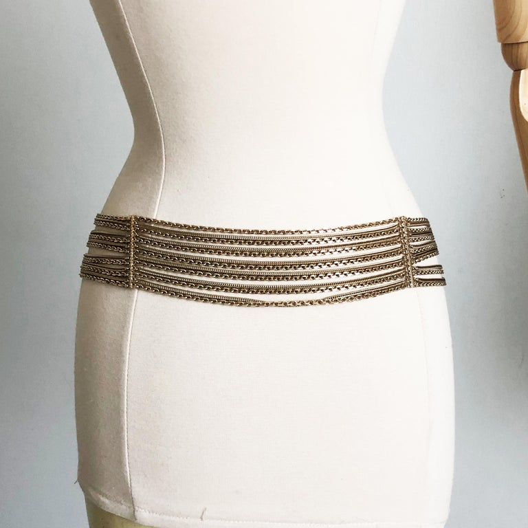 Chanel Gold Multi-Chain Belt with CC Logo Charm NWT NOS 07P  For Sale 2