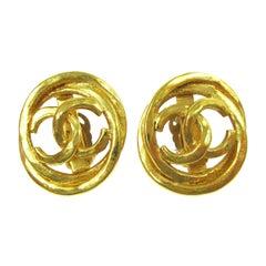 Chanel Gold Oval Circle Interlocking CC Charm Evening Stud Earrings
