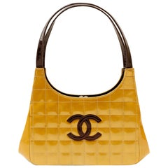 Chanel Gold Patent Leather Chocolate Bar Quilted Kiss Lock Shoulder Bag