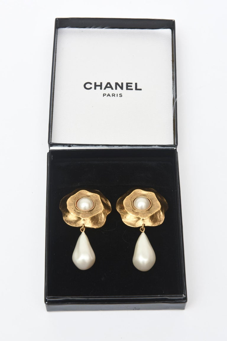 Chanel Gold Plated and Faux Pearl Flower Dangle Clip On Earrings For Sale 2