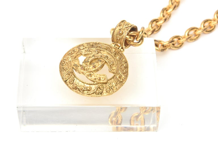 Modern Chanel Gold Plated CC Logo Medallion Chain Necklace For Sale