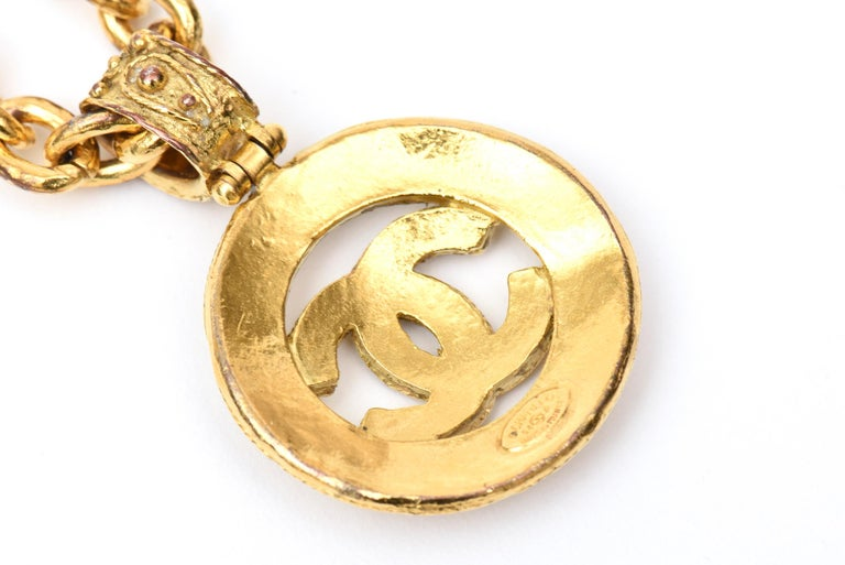Chanel Gold Plated CC Logo Medallion Chain Necklace For Sale 4