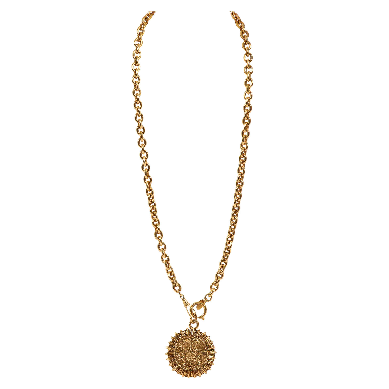 7cc7cd6ee9d51 Vintage Chanel Necklaces - 571 For Sale at 1stdibs