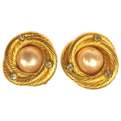 Chanel gold toned pearl/rhinestones clip on earrings