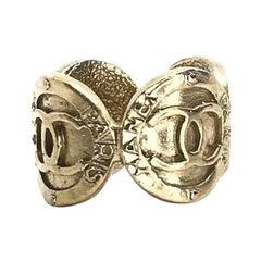 CHANEL Golden CC Ring
