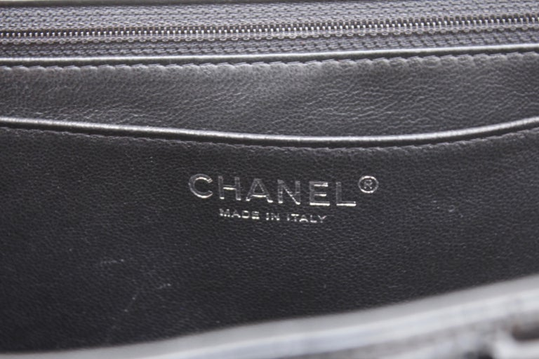 Chanel gorgeous black patent leather, 2009 – 2010 For Sale 8