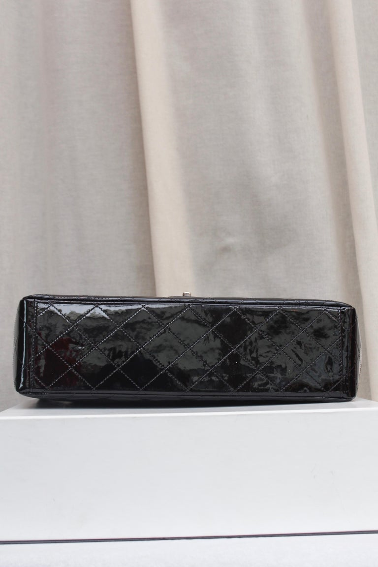 Chanel gorgeous black patent leather, 2009 – 2010 For Sale 2