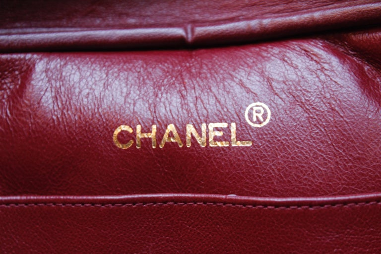 Chanel gorgeous camera bag in black quilted lambskin For Sale 7