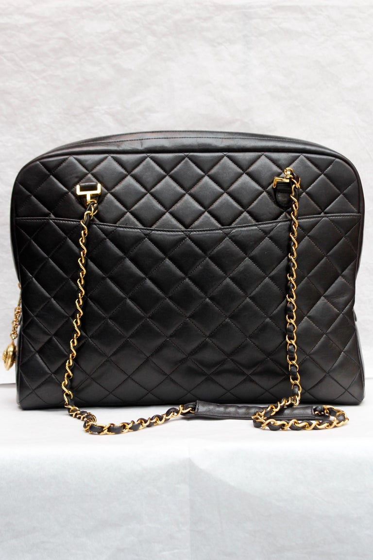 Black Chanel gorgeous camera bag in black quilted lambskin For Sale