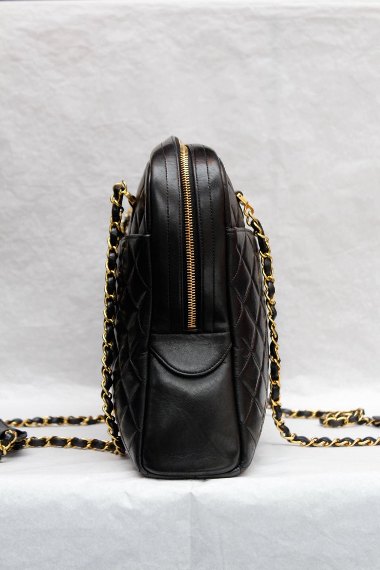 Chanel gorgeous camera bag in black quilted lambskin For Sale 1