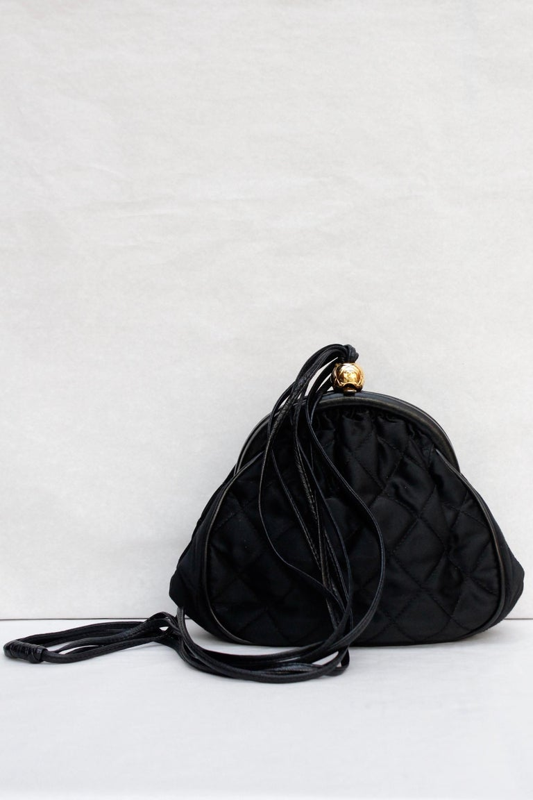 Chanel gorgeous evening bag in black quilted satin and leather, 1990's For Sale 1