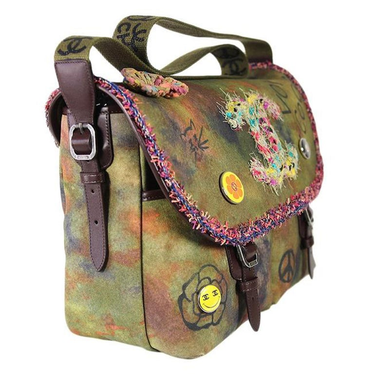 Brown Chanel Graffiti Box 2015 On The Pavement Khaki Canvas Messenger Bag For Sale
