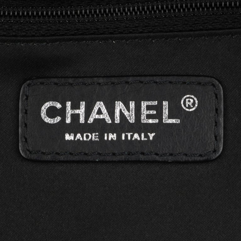 CHANEL Grand Shopping Tote (GST) Bag Black Caviar with Silver Hardware 2013 For Sale 11