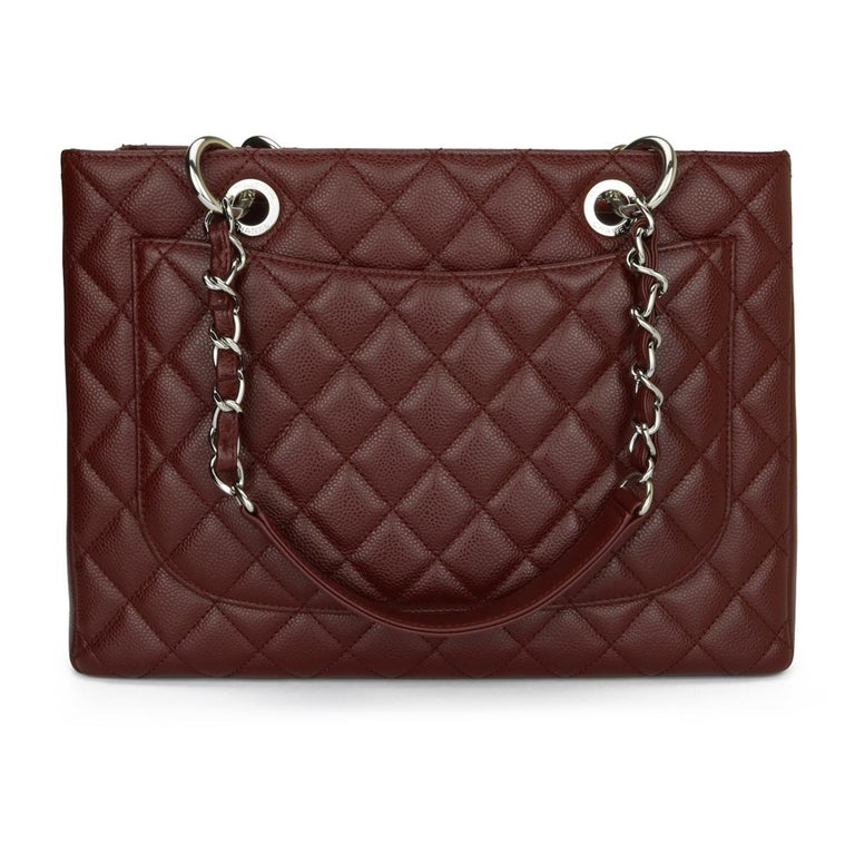 CHANEL Grand Shopping Tote (GST) Bag Burgundy Caviar with Silver Hardware 2014 In Excellent Condition For Sale In Huddersfield, GB