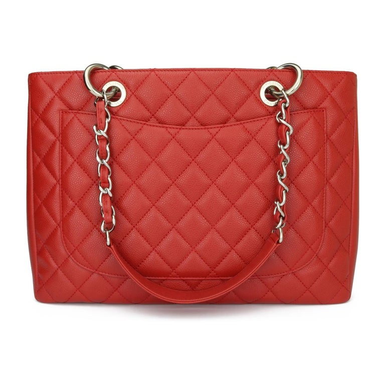 CHANEL Grand Shopping Tote (GST) Red Caviar with Silver Hardware 2011 In Excellent Condition For Sale In Huddersfield, GB