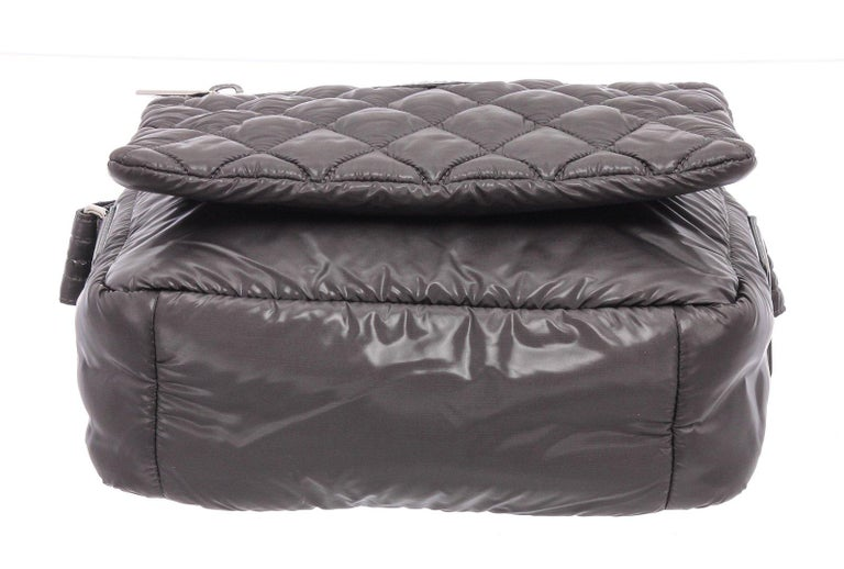 Chanel Gray Quilted Nylon Medium Coco Cocoon Messenger Bag For Sale 2