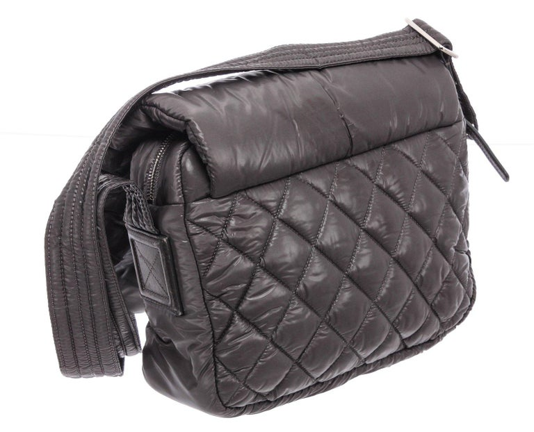 Chanel Gray Quilted Nylon Medium Coco Cocoon Messenger Bag For Sale 3