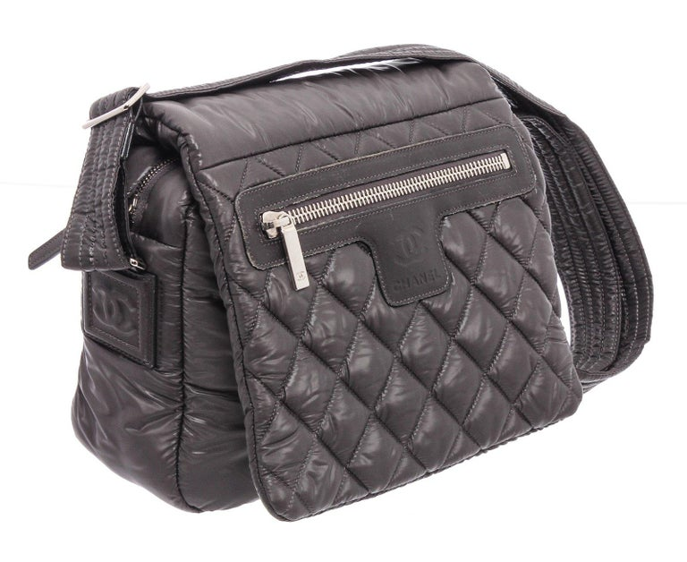 Chanel Gray Quilted Nylon Medium Coco Cocoon Messenger Bag For Sale 4