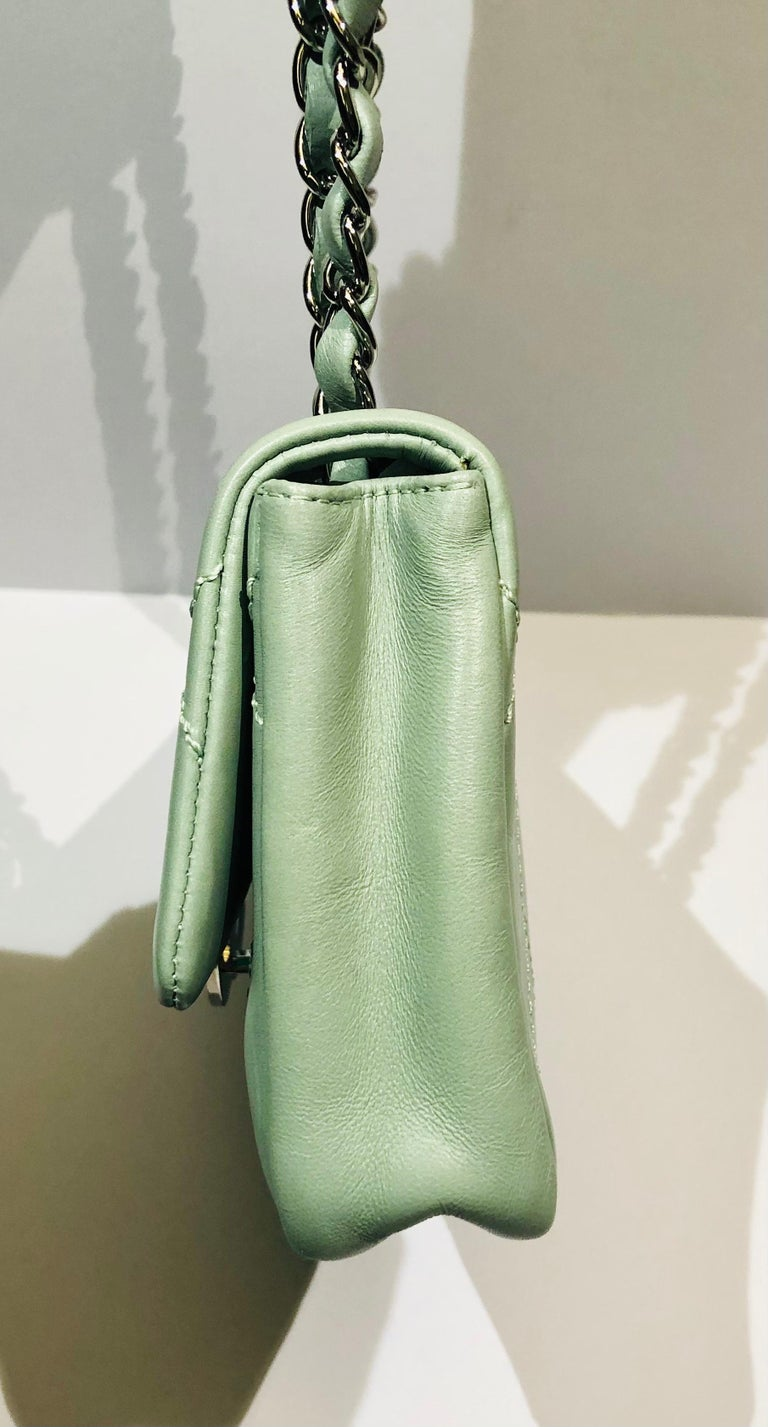 """Gray Chanel Green """"CC"""" Silver hardware Stitching Shoulder Bag For Sale"""
