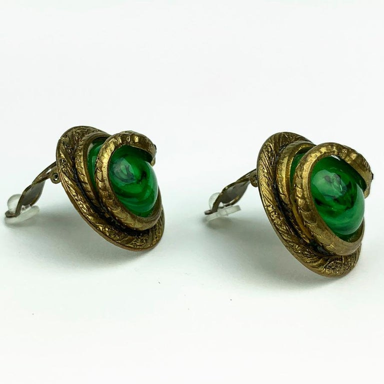 CHANEL Green Cobra GOOSSENS Clips In Good Condition For Sale In Paris, FR
