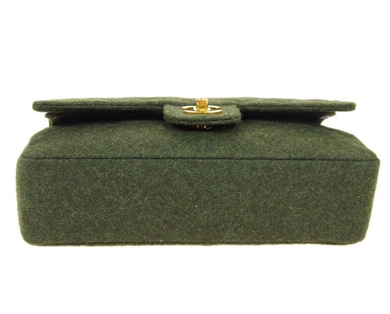 Women's Chanel Green Felt Gold Medium Double Evening Shoulder Flap Bag For Sale