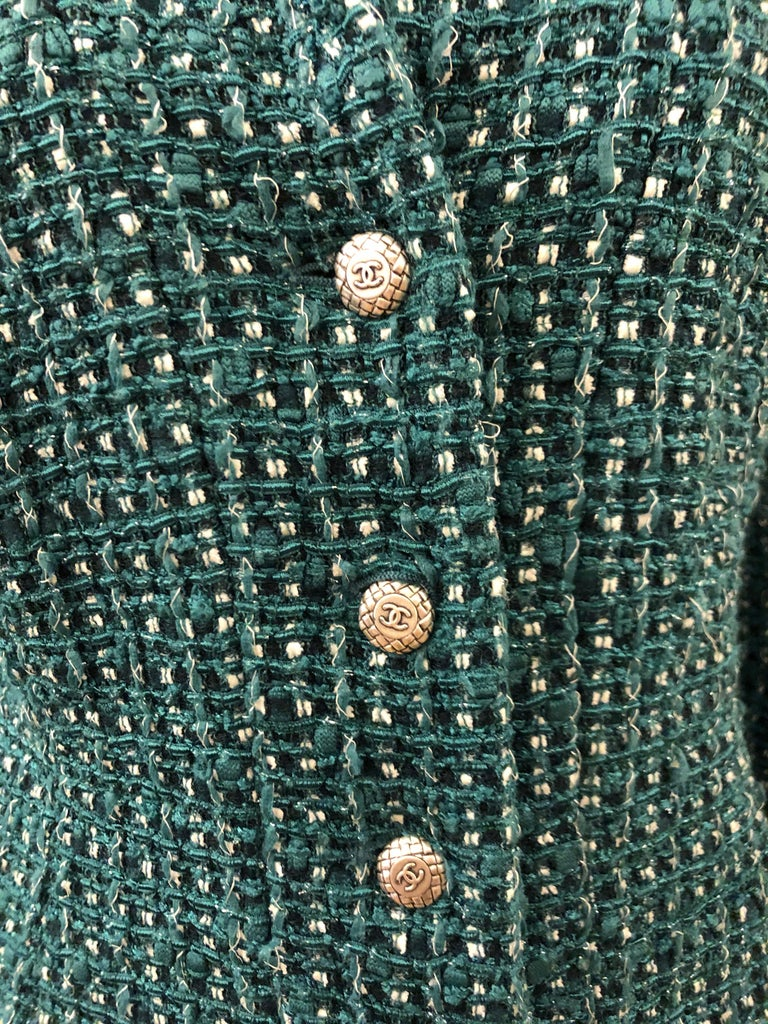 Chanel Green Tweed 3/4 Length Sleeves Jacket  In Excellent Condition For Sale In Sheung Wan, HK