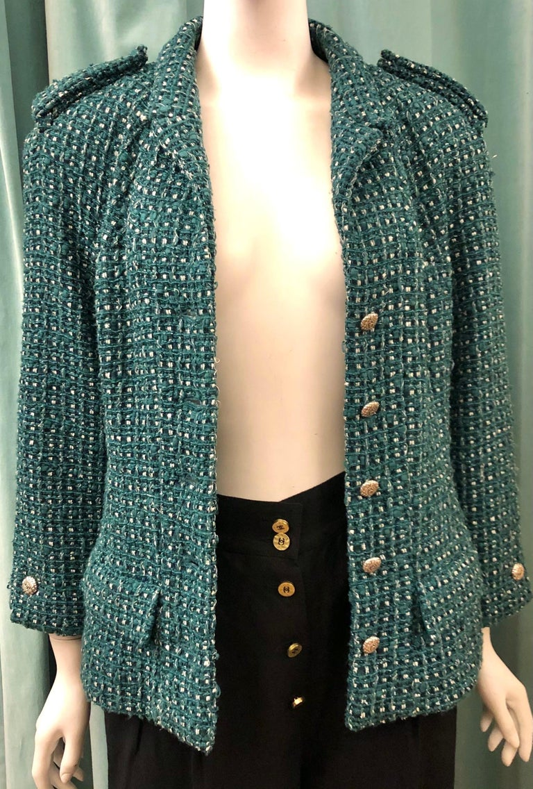 Chanel Green Tweed 3/4 Length Sleeves Jacket  For Sale 3