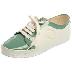 Chanel Green/White Rubber And Patent Leather CC Low Top Sneakers Size 37