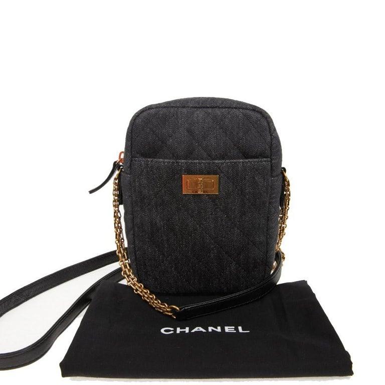 CHANEL Grey Denim Fabric Wallet Shoulder Bag For Sale 5